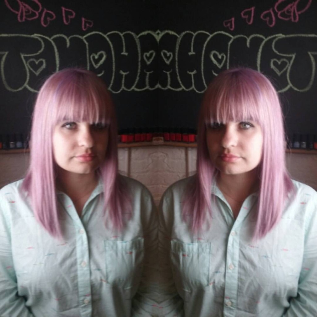 Maria did an all over #doubleprocess to create this muted pink and violet color.