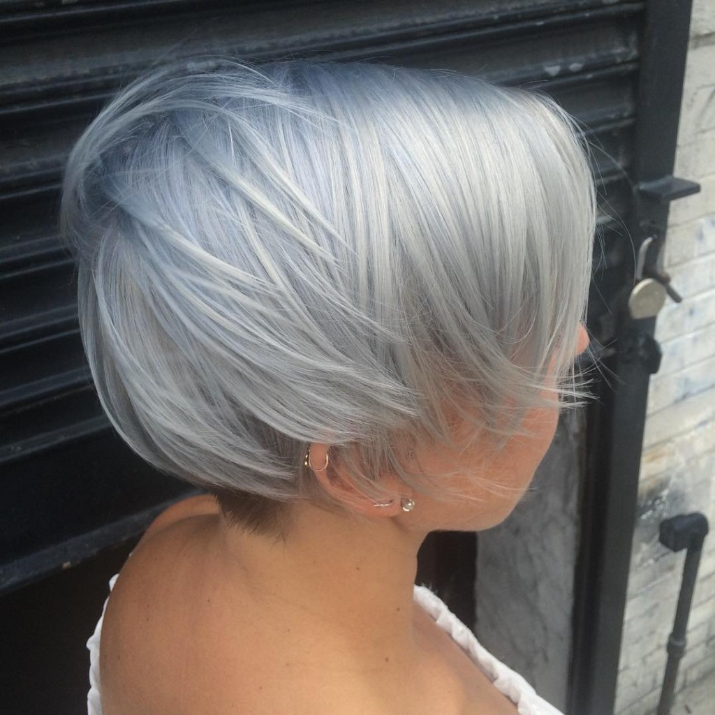Natalia Michele did an all over double process to achieve this silver white hair. Virgin snow indded