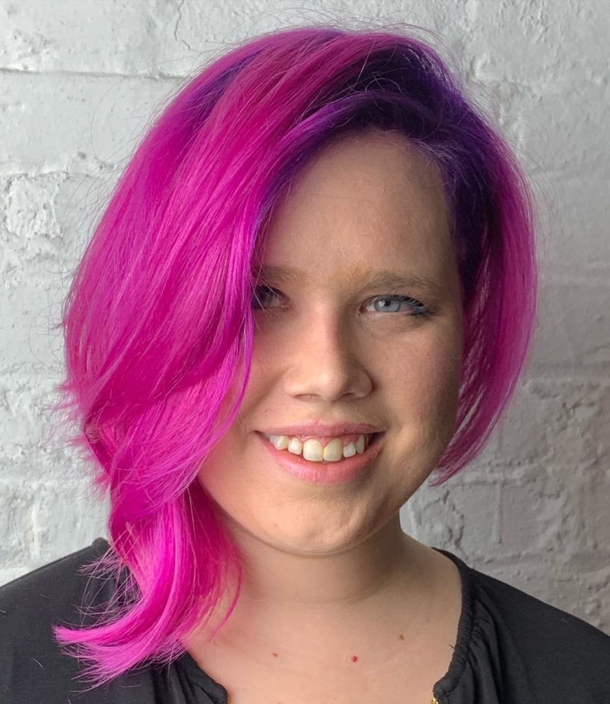 Swingbob cut and fuchsia color